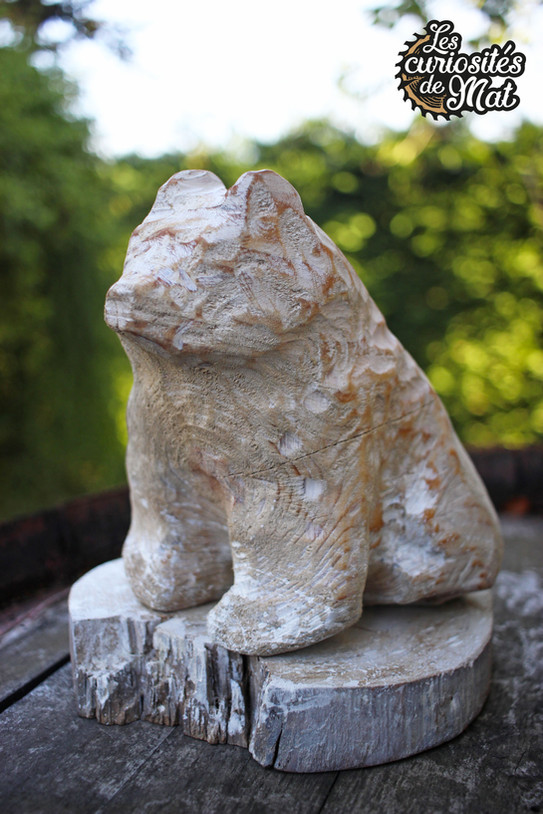 "Sculpture ""Ours polaire"""