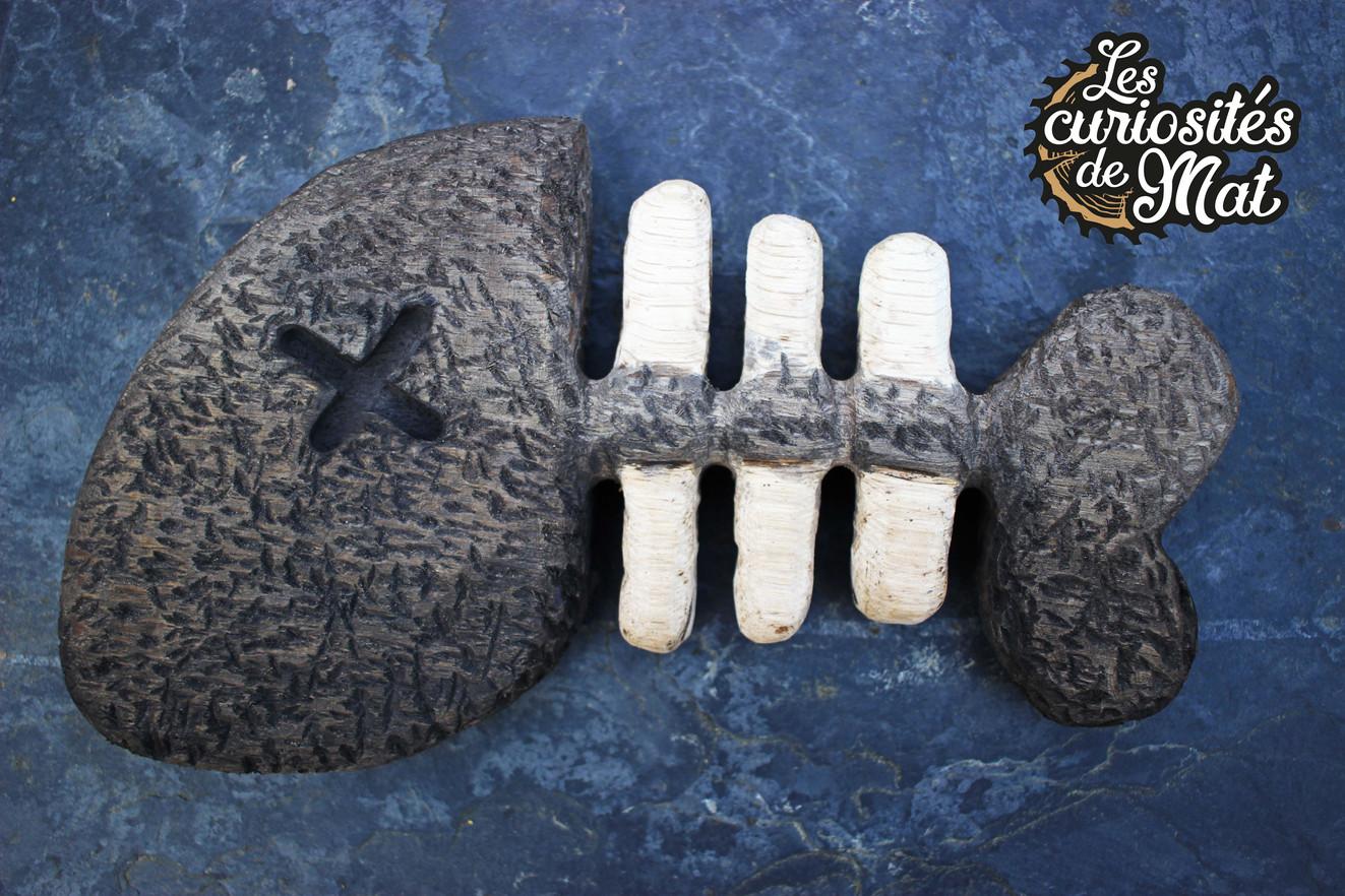 Squelette poisson bois pop culture wooden dead fish skeleton picto / Cabinet de curiosités - Curiosity cabinet