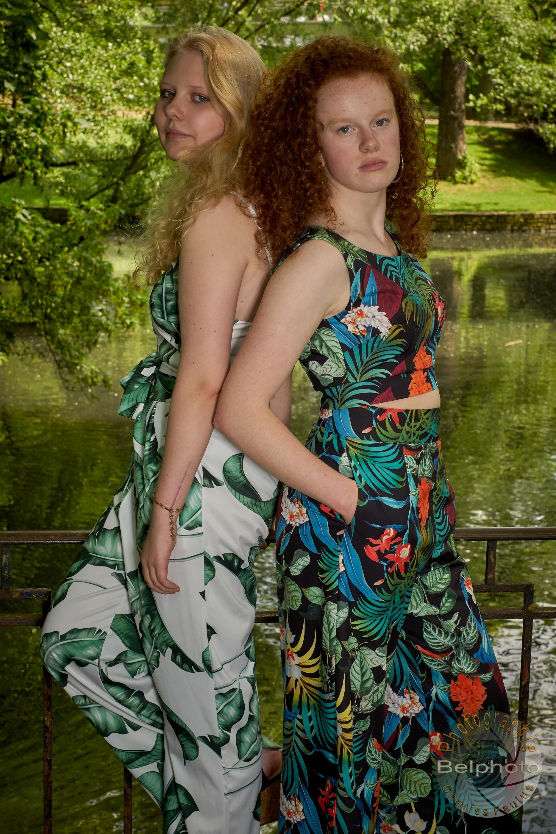 Julie & Alizee0053
