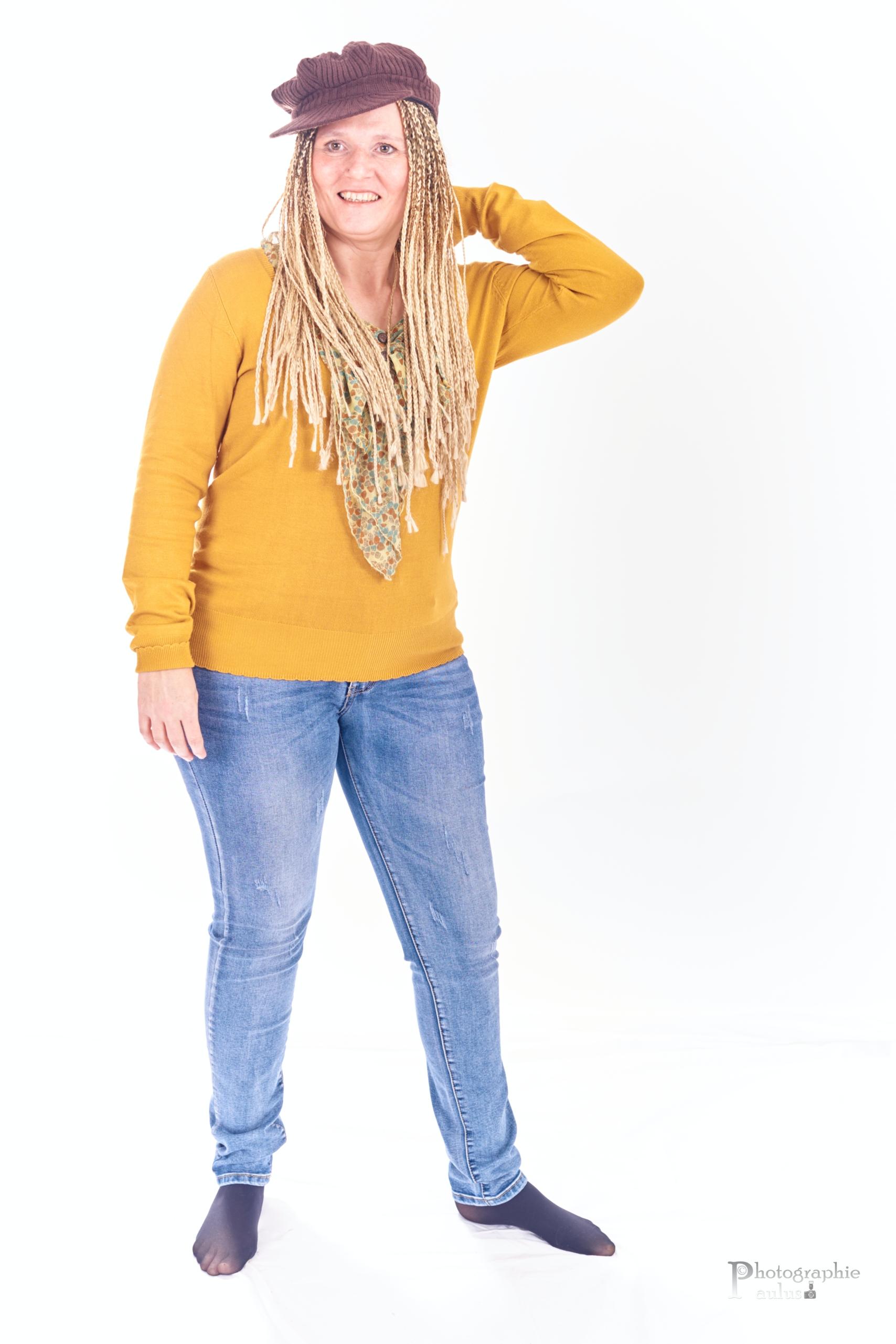 Joelle SBP0022