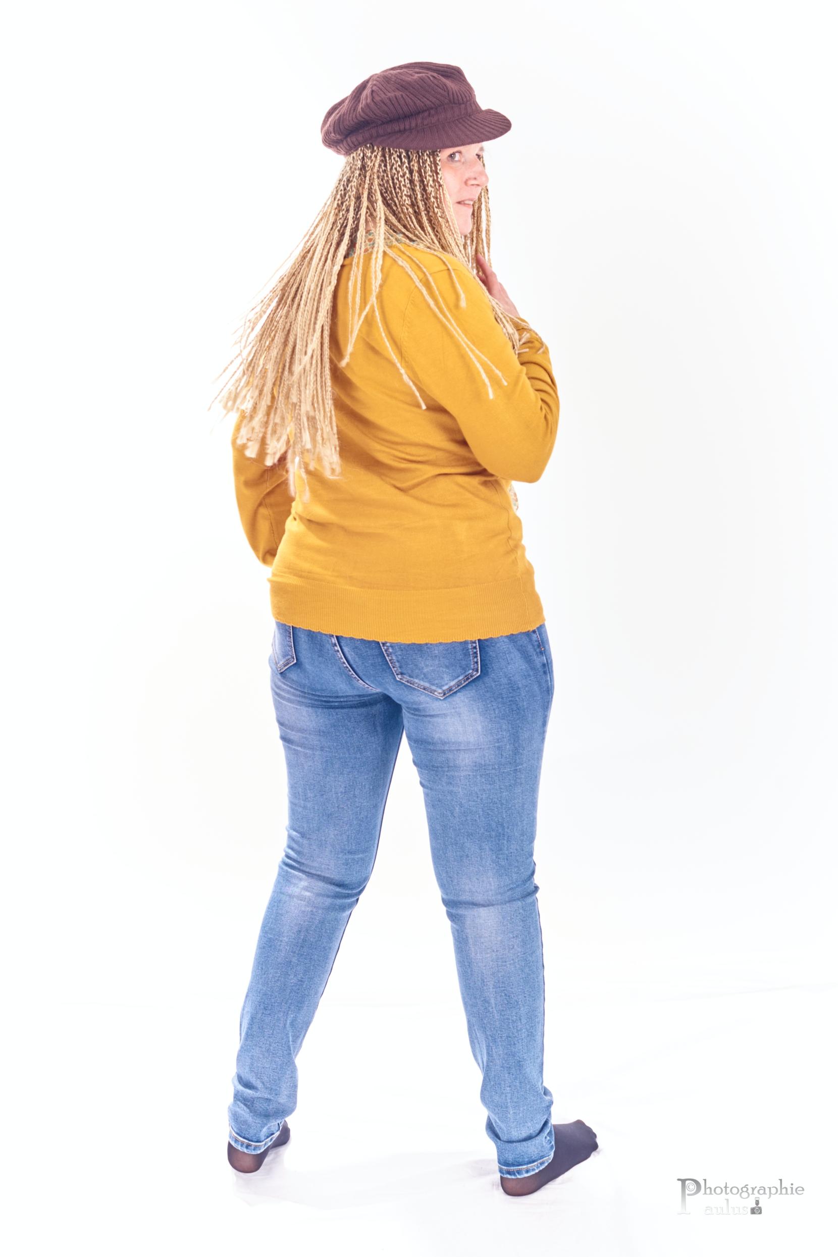 Joelle SBP0026
