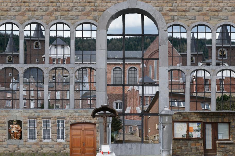 Eglise_Saint_Hubert_à_Gemmenich.jpg