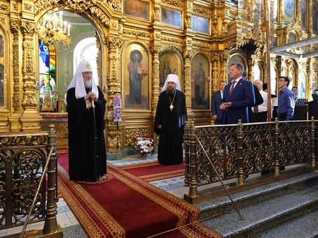 Святейший Патриарх Кирилл посетил Покровский кафедральный собор Астрахани