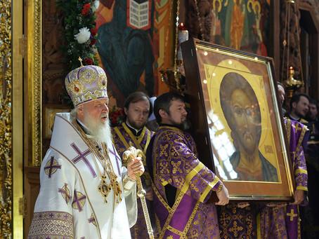 Предстоятель Русской Церкви совершил Литургию в Успенском соборе Астраханского кремля