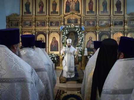 В Ахтубинске был совершён Чин поздравления с Рождеством Христовым
