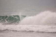 Тайфуны, начало сезона волн во Вьетнаме
