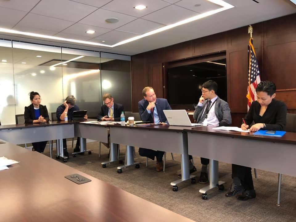 Một buổi họp với ADF để trình bày cập nhật diễn tiến và bàn thảo kế hoạch hành động.