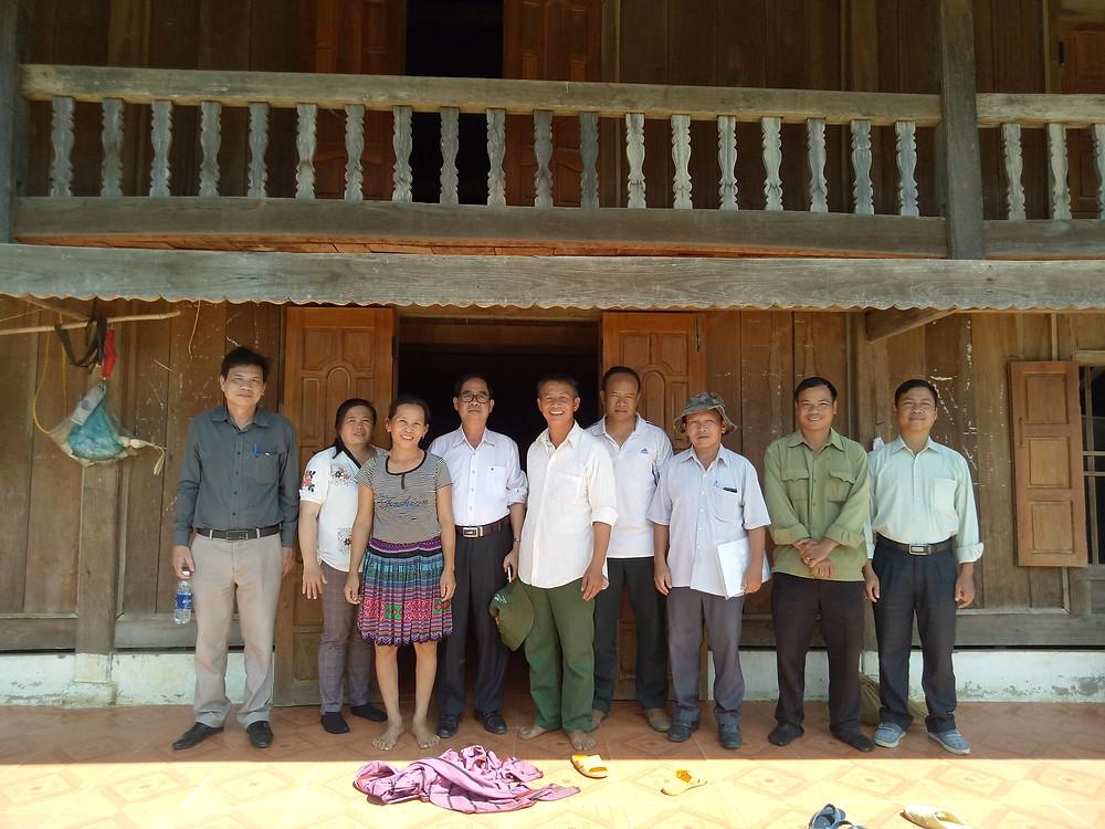 Quốc Hội đi thị sát ở Tiểu Khu 179