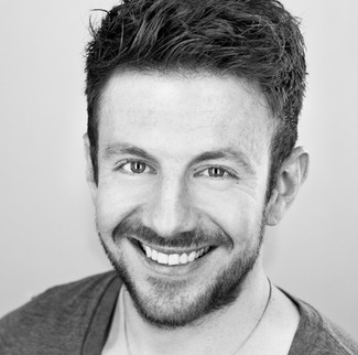 A video interview with actor, Craig Kelly.