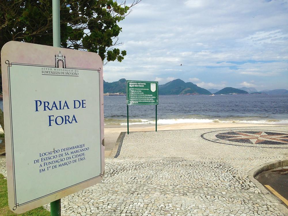 O local de desembarque do fundador da cidade, Estácio de Sá, no século 16 ( Foto: Sonaira D' Ávila)