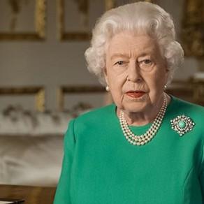 Até a comemoração do aniversário da rainha foi cancelada por causa da pandemia!