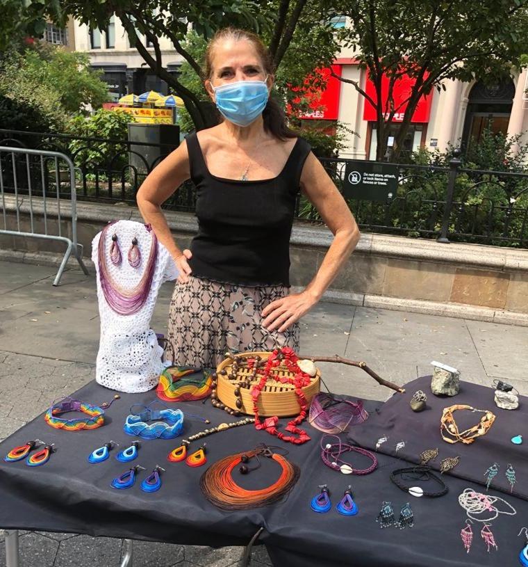 Feira de bijuterias na Union Square, Manhattan, Nova Iorque