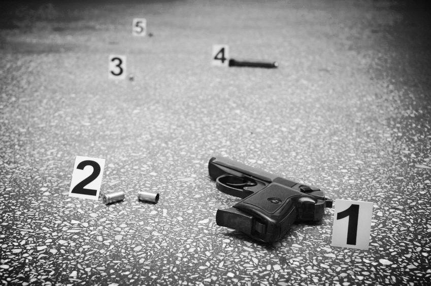 International gun crime consultant
