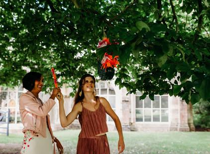 Behind the Scenes: The Look - Tropicana Wedding