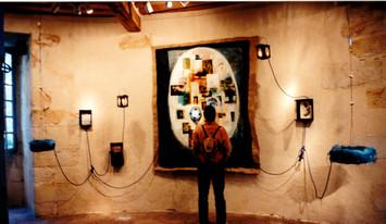 Installation murale, collages, peinture,textes, dessins... 200/150 cm