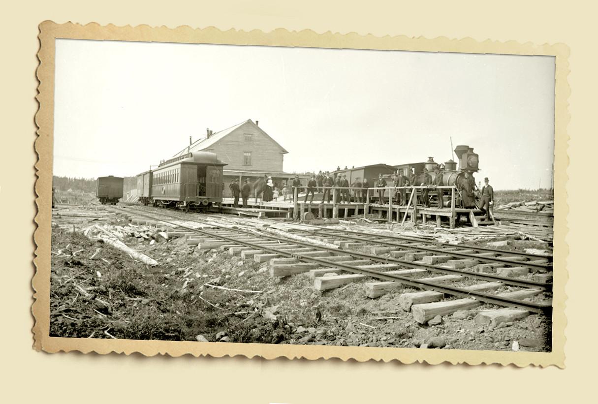 Train at Station 2.jpg