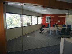 frameless commercial building glass door