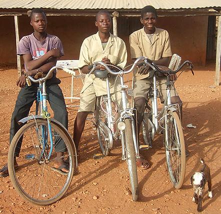 Perma Nord Bénin ; Karimama un vélo pour apprendre