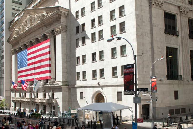 673976782-new-york-stock-exchange-wall-s