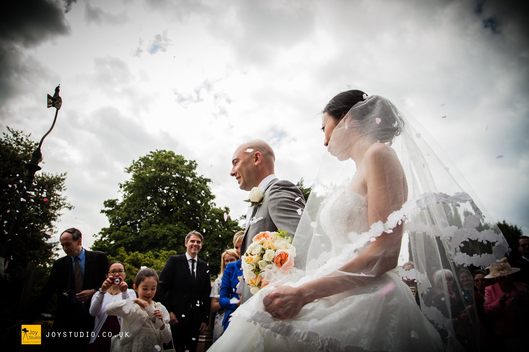 London Wedding Photo By Joy Studio