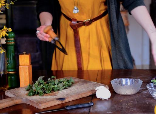 Pesto d'orties et salade de dents de lion