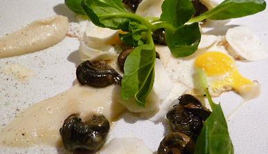 Lumache in Gelatina con Uova di Quaglia