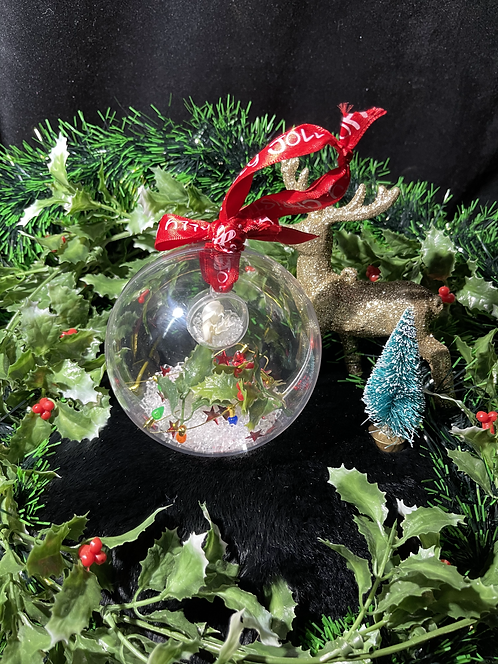 Christmas Ornaments - Mouse in the house