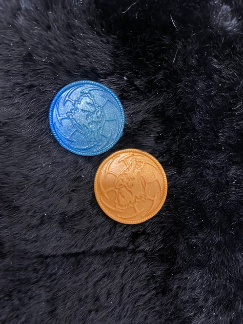 Resin wolf coin
