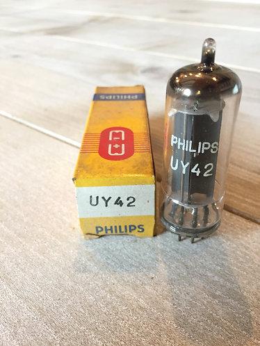 UY 42 Philips