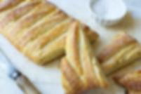 yeast cheese braided4.jpg
