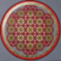 """Lebensblume2 80 x 80  Rot (Element Feuer, Brauntöne (Element Erde), Palmfaser, Blattgold - Rot ist in der Auralehre die Farbe desWurzel-Chakras undsteht für unsere Wurzeln - unsere Lebenskraft.  Die symbolische Bedeutung der """"Blume des Lebens"""" oder auch """"Lebensblume"""" lesen Sie bitte unter """"Lebensblume 1"""""""