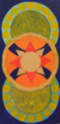 Tres I 60 x 30 blau-grün-orange-rot mit Palmfasern - Es entsteht der Eindruck, als würden die beiden Scheiben oben und unten die Dritte in der Mitte tragen.