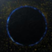 """Omega 80 x 80 """"Nacht-Farben"""" in Acryl und Papier - Omega, das unweigerliche Gegenstück zu Alpha - das, was nach einem letzten Aufbäumen in einer Supernova zurückbleibt und immer mehr vergeht. Omega ist kein absolutes Ende. Es schafft lediglich Platz für Neues, welches sich ebenso den ewigen Kreislauf des Kommens und Vergehens integrieren wird."""