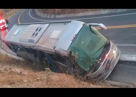 Accidente en la carretera Acambay-San Juan del Río, deja 7 muertos