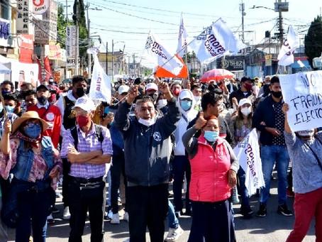 Militantes de MORENA exigen recuento de votos en Coacalco