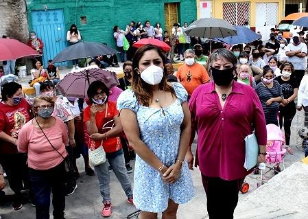 Liliana Gollas, la diputada de Naucalpan, que saca a los vecinos en plena pandemia