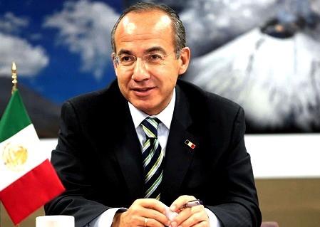 Incluyen a Felipe Calderón como parte de los 300 líderes más influyentes de México