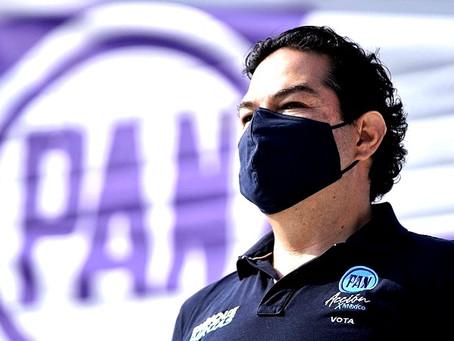 Enrique Vargas del Villar reta a Higinio Martínez Miranda