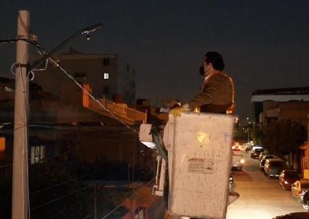 Enrique Vargas del Villar, ilumina a todo Huixquilucan con lámparas tipo led