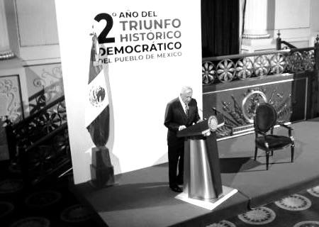 """""""La democracia no llegó con el triunfo de Andrés Manuel López Obrador"""": Lorenzo Córdova"""