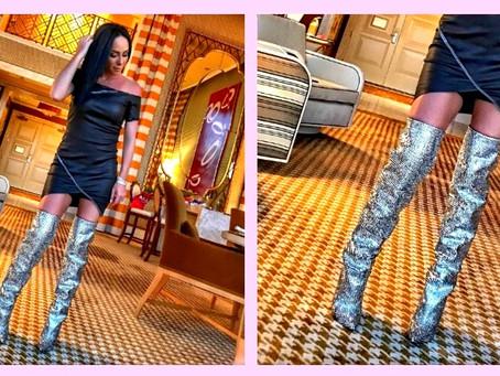 Inés Gomez Mont, presumía botas de piel decoradas con cristales Swarovsky