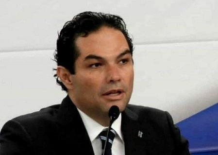LÍDER 2020. Enrique Vargas del Villar, alcalde de Huixquilucan