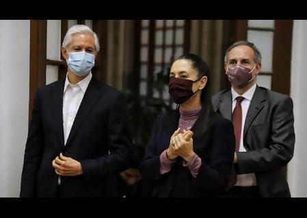Reforma culpa a López Obrador por el regreso al Semáforo Rojo