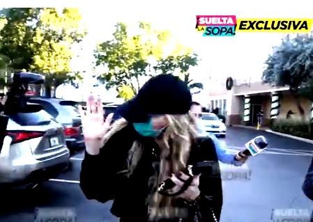 Angélica Rivera, huye de las cámaras de televisión
