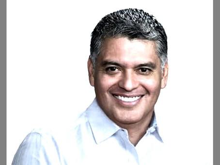 ¿Por qué David Sánchez Isidoro,  es tan rico y millonario?