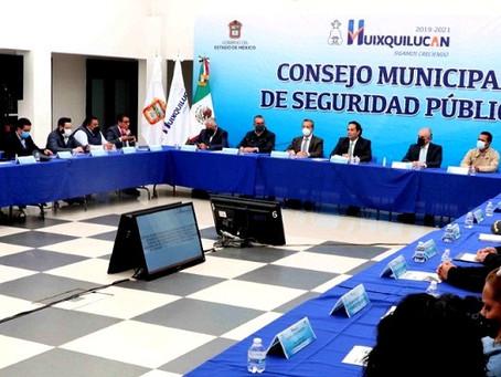"""""""Huixquilucan seguirá siendo el municipio más seguro del Edomex"""": Enrique Vargas del Villar"""