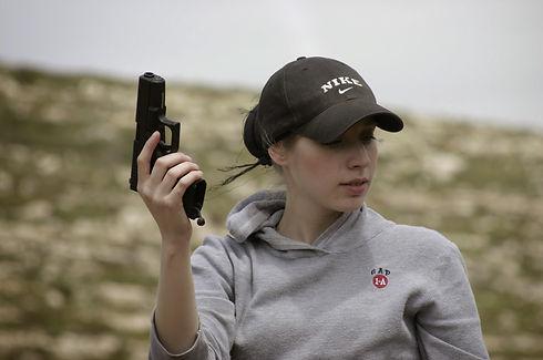 Karen gun 2.jpg