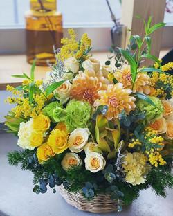 米寿のお祝いに準備させていただきました。_米寿のお祝いカラーは(黄金色)___s