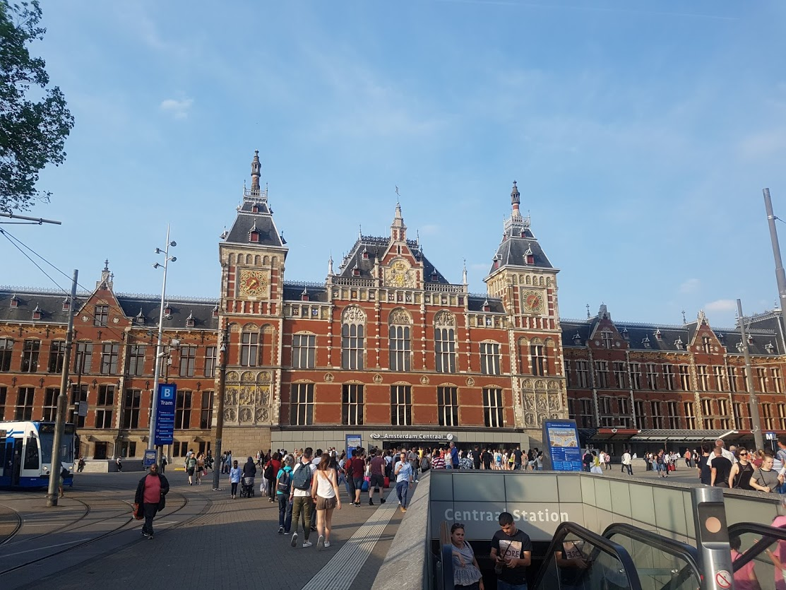 1 Centraal Station