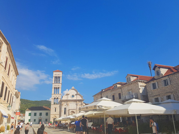 Pjaca Square Restaurants